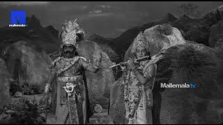 """Sri Krishna Traps Kalayavana""- Sri Krishna Vijayam Movie    NTR   SVR  Jayalalithaa   Jamuna"