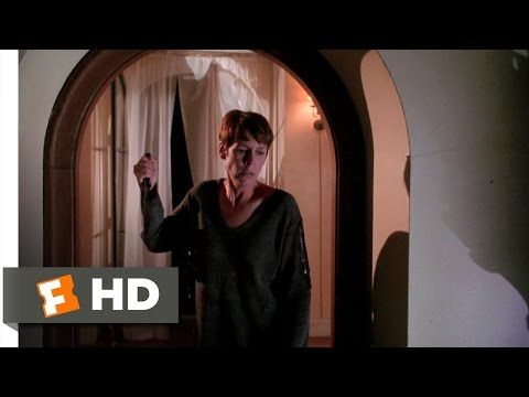 Halloween H20: 20 Years Later (11/12) Movie CLIP - Laurie Fights Back (1998) HD