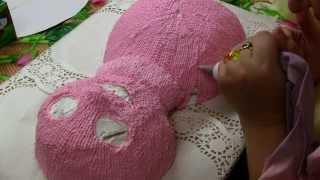 видеоурок: торт лунтик в процессе украшения кремом