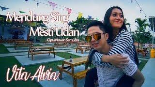 Смотреть клип Vita Alvia - Mendung Sing Mesti Udan