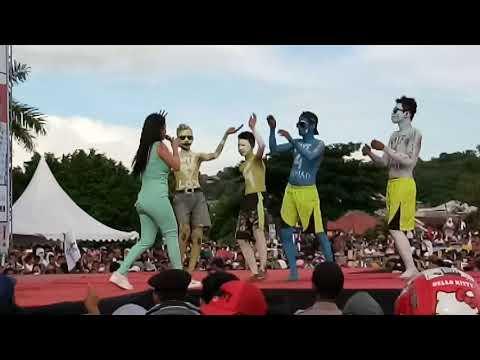 "DEWI PERSIK Goyang Gergaji "" Mimpi Manis"" Live Baubau Stadion Betoambari"