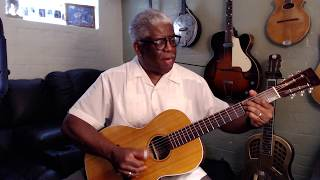 🎸Blues Chronicles #1: Blind Lemon Jefferson - Guitar History Lesson - Reverend Robert Jones
