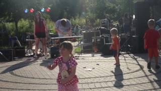Sniffle Party @ Phoenix Park
