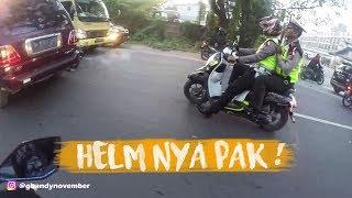 NEGUR POLISI YANG GAK PAKE HELM ! thumbnail