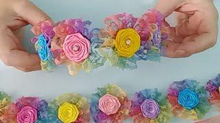 Coroa De Flores Rococó No Arco Com Renda Arco Íris