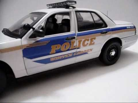 Perfect Winter Garden Police Department, Florida..1/18 Model W/ LED Lights