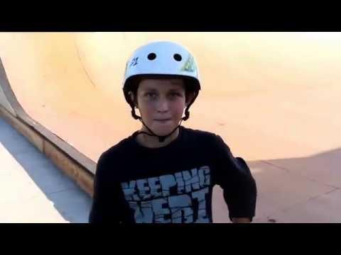 Wrestler meets Rockstar Skater Reef Orlando