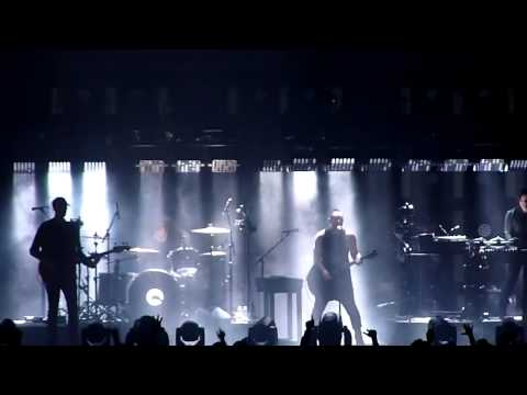 Nine Inch Nails - Terrible Lie (Live visuals over the years) mp3