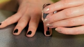 How to Do a Black Design | Nail Art Designs