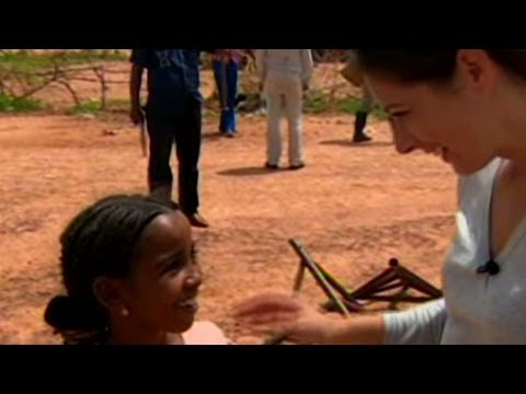 Erin Burnett 'OutFront' with Mali's refuge...