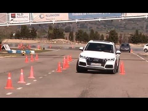Audi Q5 2017 - Maniobra de esquiva (moose test) y eslalon | km77.com