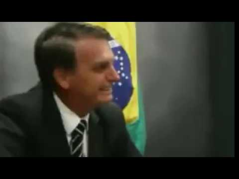 Jornalista da Folha de Sao Paulo não resiste a Jair Bolsonaro