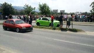 Ford Focus RS vs Opel Kadett - Skopje Dragster thumbnail