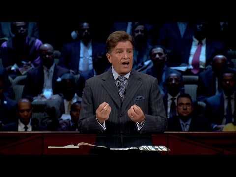 September 3, 2017 - Carter Conlon - Does Your Jesus Shine In The Dark?