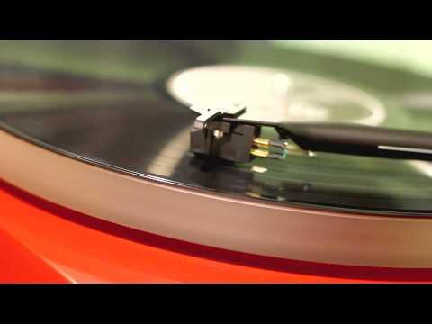 Joy Division - Atmosphere & Love will tear us apart (vinyl version)
