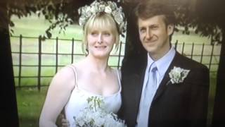 Gambar cover Sarah Lancashire Wedding 2001