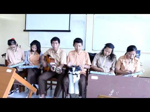 Yamko Rambe Yamko (Pianika 1 dan 2,Guitar,Bongol) Cover