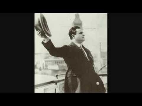 """Beniamino Gigli sings """"La Danza"""""""
