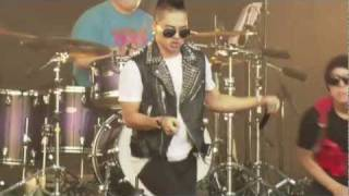 ?? Taeyang 'Break Down' LIVE @ 2011SuperTraxx MP3