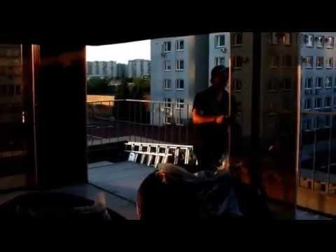 Безрамное остекление террасы на крыше таунхауса