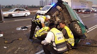 תאונה קטלנית כביש 2 סמוך לאולגה רכב שנסע נגד הכיוון התנועה פגע בניידת משטרה 8/9/2015