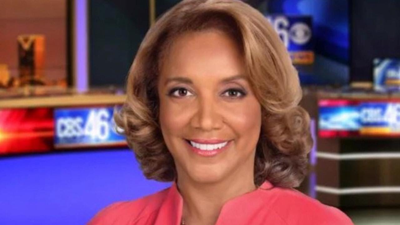 Veteran News Anchor Amanda Davis Dies From Stroke on Way to Funeral at 62