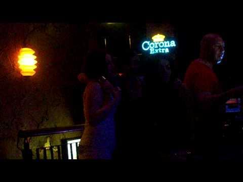aoife, sam and zara karaoke ... THOMAS!!
