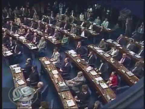 José Sarney: presidente do Senado adia discurso sobre crise 04/08/09