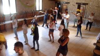 Danse du camping par le Comité des Fêtes de Thégra ;-)