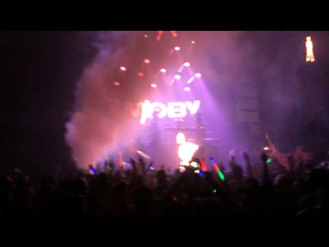 Moby - Tramps Like Us - LED Presents - San Diego Sports Arena - INTRO