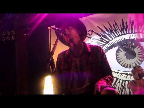 Never Shout Never - Sacrilegious acoustic set 2/21