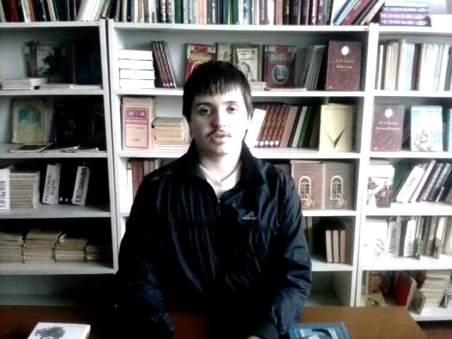 Изображение предпросмотра прочтения – АртёмКныш читает произведение «Одиночество (Проходят дни, проходят сроки…)» В.Я.Брюсова