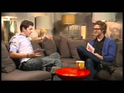 Cameron Mitchell Ft. Damian McGinty  Haven't Met You Yet
