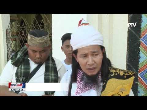 Muslim mark Eid'l Adha at Manila Golden Mosque in Quiapo District