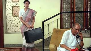 Mella Thiranthathu Kadhavu Tamil Movie Scenes | Radha Finds The Clue | Senthil | Amala Akkineni