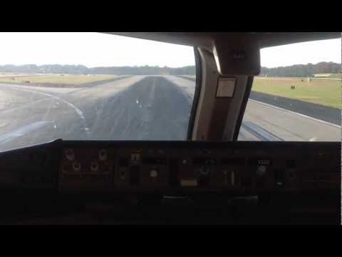 B777-200LR Landing in Atlanta Hartsfield-Jackson International Airport