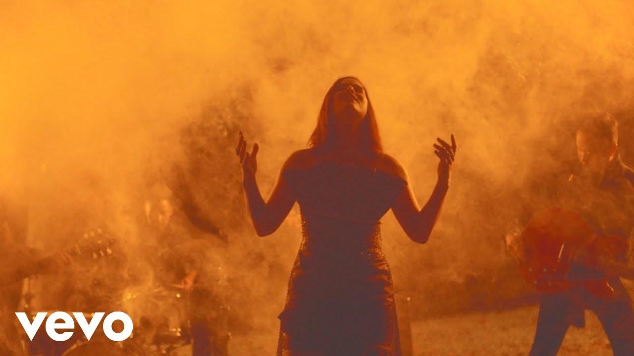 Cassadee Pope - Thrive [Official Music Video]