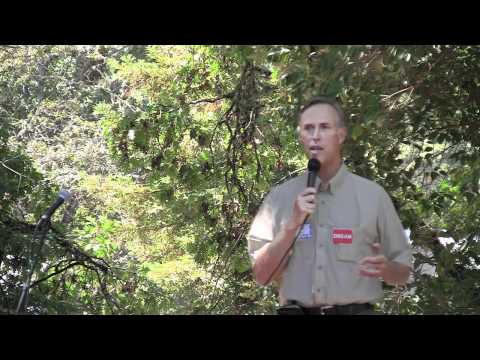 Jared Huffman addresses Mendocino County Democrats
