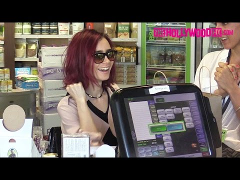 Lily Collins Stocks Up On Health Food At Earth Bar In West Hollywood 8.5.16 - TheHollywoodFix.com