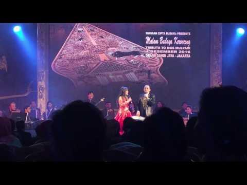 Helen Sparingga & Mus Mulyadi - tribute to Mus Mulyadi