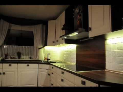 led strip beleuchtung k che kitchen lighting led strip youtube. Black Bedroom Furniture Sets. Home Design Ideas