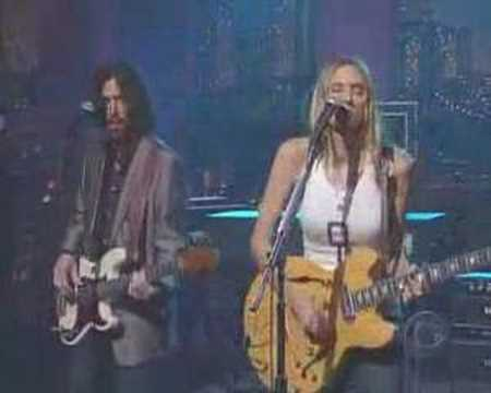 Aimee Mann - She Really Wants You (Live David Letterman)