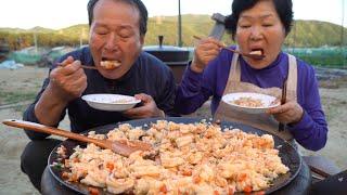 오동통한 새우 가득한 솥뚜껑 새우 볶음밥! (Shrim…