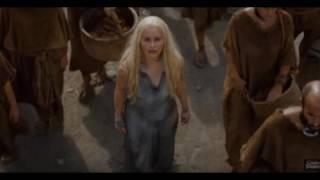 """Emilia Clarke cởi toàn bộ trong """"Trò chơi vương quyền"""" thumbnail"""