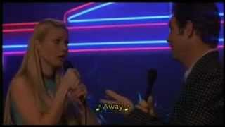Huey Lewis & Gwyneth Paltrow karaoke to Cruisin