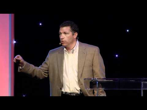 The Cost of Discipleship : Taking up our Cross and Inviting Others to Do Same - Jonathan Reyes