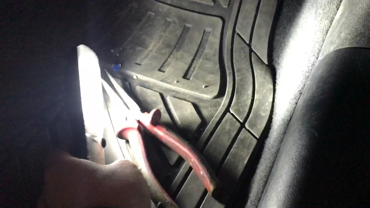 lexus is250 220d cigarette fuse location youtubelexus is250 220d cigarette fuse location [ 1280 x 720 Pixel ]