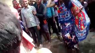 Khesari 2005 lavanda dance