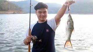 ท่องเที่ยวเขื่อนศรีนครินทร์ ล่องแพ เล่นน้ำ ตกปลา Srinakarin Lake, Kanchanaburi Province, Thailand