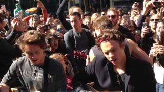 The Vamps - Wake Up (Acoustic in Times Square NYC) 10/11/15